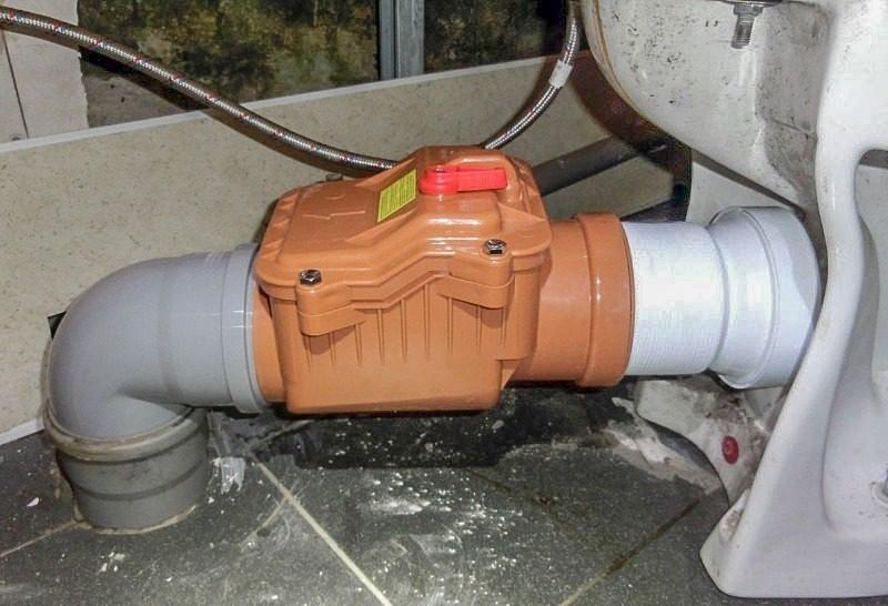 Обратный клапан на унитазе